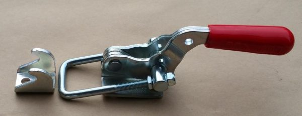 Pull Action Toggle Clamp for Tire Carrier